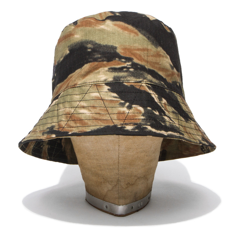 DV. LOT420 TIGER CAMOUFLAGE BUCKET HAT