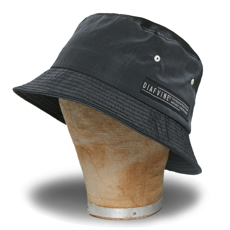 DV. LOT582 NYLON BUCKET HAT -CHARCOAL-